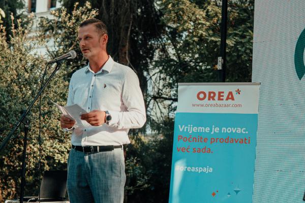 Galenika platinasti sponzor trećeg Orea Art Marketa u Sarajevu u sklopu kojeg je donirala sredstva za udruženje Srce za djecu